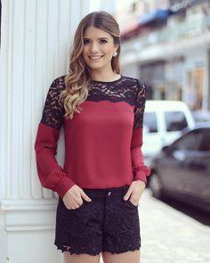 "Blog Trend Alert no Instagram: ""Dia de @doceflorsp  Short de chamois e camisa de renda! • #previewwinter16 #blogtrendalert"""