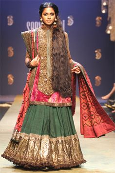 indian lehnga choli - Sabyasachi