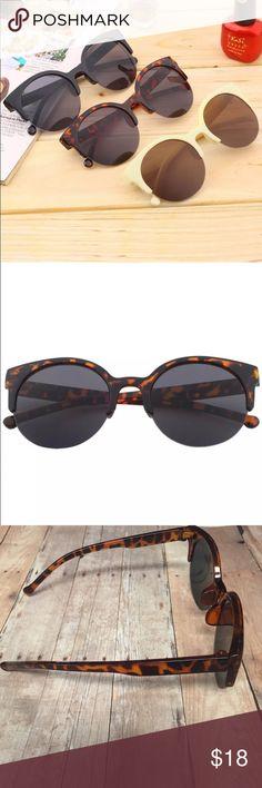 2016 retro sunglasses Hot new retro hipster sunglasses brand new never worn same day shipping! ✈️ I do not model Accessories Sunglasses