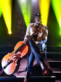 his beatboxing and celloboxing are unlike any other on the whole planet *.*
