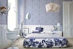 Blue and white bedroom. Courtesy: Home & Garden