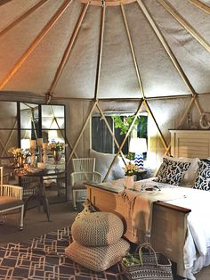 National Home Show: Local Design Inspiration Yurt Living, Tiny Living, Yurt Interior, Yurt Home, Round Building, Tiny House Cabin, Tiny Houses, Great Buildings And Structures, Cool Tents