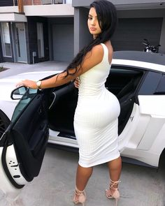 Pictures of attractive females in tight dresses looking sexy Tight Dresses, Sexy Dresses, Nice Dresses, E 38, Bombshell Beauty, Femmes Les Plus Sexy, Sexy Curves, Bmw M5, Sexy Women