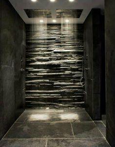 Badkamer met dubbele waterval douche