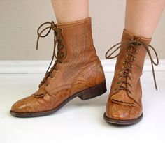 vtg 80s Boots Caramel TOOLED LEATHER lace up by TigerlilyFrocks, $154.00