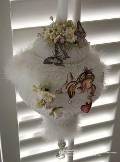Monique Lokhorst Designs: An Ornament with Magnolia's DooBeePops!