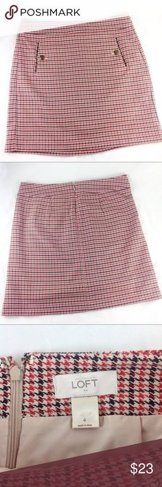 """Ann Taylor LOFT Tweed Mini Skirt Sz 4 EUC In excellent condition! LOFT red & black tweed A-line mini with front pockets and brass colored buttons. Back zipper. Fully lined. Poly / rayon blend. Size 4. Waist 15""""across flat. Length 18"""".  🔹Please ask all your questions before you purchase!  🔹Sorry, no trades or holds. 🔹Please use Offer Button! 🔹Bundle for your best prices! LOFT Skirts Mini"""