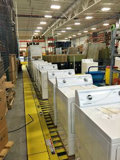How Speed Queen washers (and dryers) are made- and where- and why they last for so much longer than any other brand Laundry Room Sink, Laundry Room Design, Laundry Equipment, Commercial Laundry, Laundry Appliances, Front Load Washer, Dryers, Heat Pump, Washers