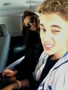 Selena Gomez and Justin Bieber Snap a Selfie, Put Those Break Up Rumors to Rest