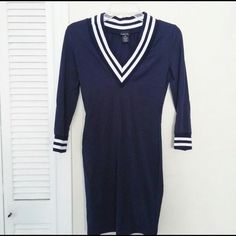 Rue 21 V Neck Body Con Dress Rue 21 Body Con Dress  Navy Blue & White Striped  V Neck & Cuffs Form fitting and Body Hugging Size XS, only worn once!  I discount with bundles and accept offers ☺️ Rue 21 Dresses Mini