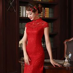 Chinese traditional dress high end wedding cheongsam long tail red Chinese  bride toast dress roupas femininas vestido de festa-in Cheongsams from  Novelty ... 9a108a6401ee