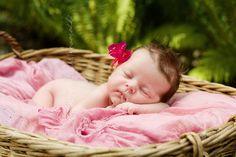 Outdoor newborn photo