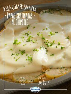 Ve preparando la comida de hoy, te presentamos unas Papas gratinadas al chipotle.