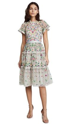 This gorgeous floral tier dress exhibit brilliant colours with beautiful embroidered flowers and sheer sleeves. Romantic and elegant outfit suitable for wedding function, special events and occasions. Great for all seasons. White Floral Dress, White Mini Dress, Floral Dresses, Indie Outfits, Fashion Outfits, Fashion Trends, 15 Dresses, Short Sleeve Dresses, Daisy Dress