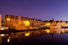 No es el puerto de Copenhague, es Leith
