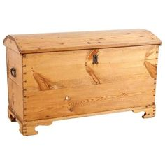 Preowned Large Blanket Chest Or Trunk In Pine, Circa 1800 ($1,090) ❤ liked on Polyvore featuring blanket chests, orange, european plates, orange home decor, blanket storage chest, euro plates and orange plates