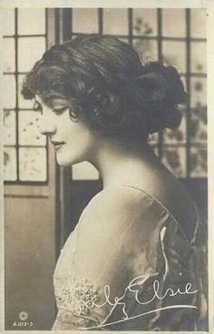 Very pretty vintage photo of Lily Elsie (1886-1962) - a popular English actress…