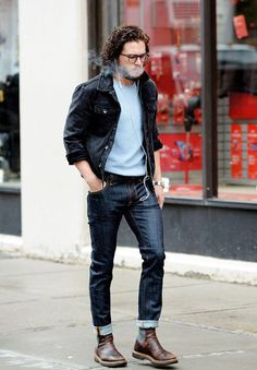 Opting for a laid-back double denim outfit, the star donned dark turned-up jeans with a. Casual Outfits, Men Casual, Fashion Outfits, Kit Harington, Mens Fashion Suits, British Actors, Denim Outfit, New Wardrobe, Men Looks