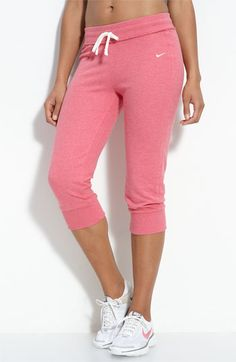 Love these pink athletic capris!