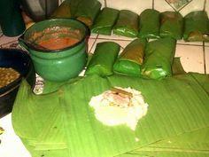Haciendo tamales, comida tipica de Honduras via @MichiiMontblank