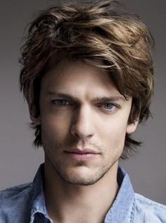 The Regular Tousled and Messy 80s Medium Mens Hairstyles for Thick Hair 2014