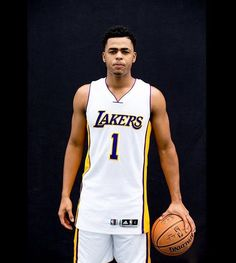 a14f89cf763 Lakers Trade Julius Randle and D Angelo Russell  Poor Performance To Blame