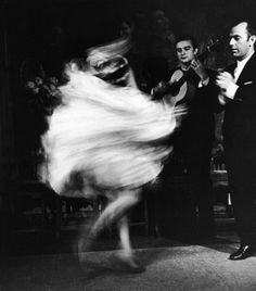 'Gypsy Dancer' 1960 photo Loomis Dean for LIFE magazine Dance Photography, Vintage Photography, Movement Photography, Wedding Photography, Urban Photography, Photography Backdrops, Light Photography, Color Photography, Photography Photos