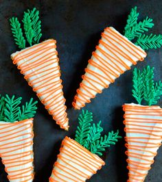 Carrots for the Easter bunny - Carrot cake with pineapple juice and cream cheese topping.