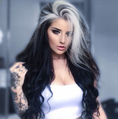 Hair Color Streaks, Hair Color Dark, Hair Color For Black Hair, Brown Hair Colors, Exotic Hair Color, Black White Hair, White Streak In Hair, Look Rock Chic, Pelo Color Plata