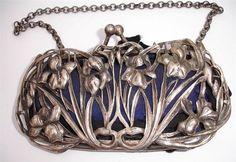 William Coymns 1904 - splendid silver art nouveau iris purse/bag