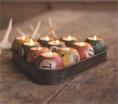 Mason Jar Candle Holders! #mariage #bougies #romantique #lumière ambrée #ambiance mariage #wedding #decor