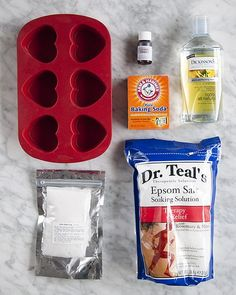 DIY Project: Heart Bath Bombs Heart-shaped bath bomb: cup citric acid 2 cups baking soda 1 cup Epsom salt bath bomb colorant (I used Gurlie Pink La Bomb) witch hazel essential oil or fragrance (optional) mixing bowl heart mold pan (silicone) spray Homemade Beauty, Homemade Gifts, Diy Beauty, Do It Yourself Furniture, Do It Yourself Home, Diy Spa, Home Made Soap, Soap Making, Just In Case