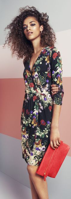 The right prints and patterns (like this casual, cute floral dress) to help you look skinny - updated article with clothing tips - http://www.boomerinas.com/2013/02/25/how-to-use-prints-patterns-to-hide-fat/