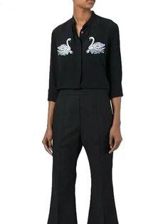 Camisa Feminina com Cisne Bordado - Compre Online | DMS Boutique