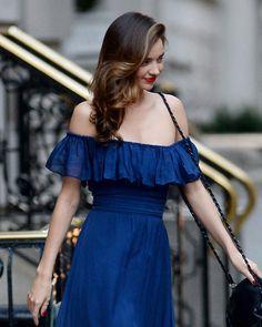 Descubre tus hombros con el escote más sexy, ¡tendencia en las pasarelas y favorito entre las celebs! MIRANDA KERR