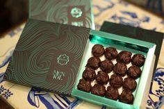 Há quem diga que a felicidade está numa caixa de bombons. :)  #Chocolate #Natal #Arcádia