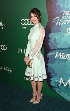 Pin for Later: Les Stars les Plus Influentes d'Hollywood Se Sont Retrouvées à la Soirée Power of Women Lizzy Caplan