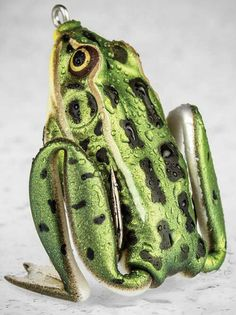 Lunkerhunt lunker frog. Most realistic hollow bodied frog not yet on the market.