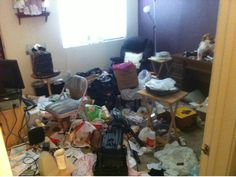 Hoarding clean-up before & after pics by AZ Removal and Junk Recovery.