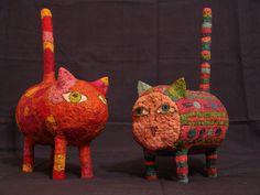 Кошки / Cats - 2 Скульптуры из папье-маше.