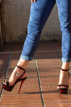 love when she rocks her heels with jeans!! #stilettoheelsdress