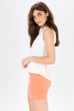 Юбка-мини Размеры: S, M, L Цвет: розовый, мятный, коралловый Цена: 986 руб.    #одежда #женщинам #юбки #коопт