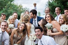 Adorable wedding party shot | Image by Pinkterton Photo