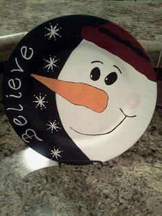 Snowman Christmas Rock, Christmas Plates, Christmas Signs, Christmas Snowman, Christmas Projects, Holiday Crafts, Christmas Decorations, Christmas Ornaments, Pottery Painting