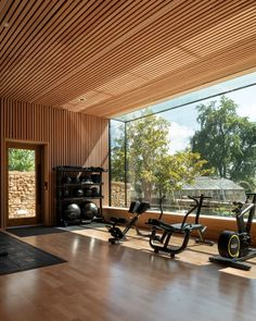 Invisible Studio builds giant window at The Newt in Somerset Hotel Dream Home Gym, Gym Room At Home, Home Gym Decor, Design Hotel, Home Gym Design, Studio Design, Home Gym Garage, Basement Gym, Hotel Gym