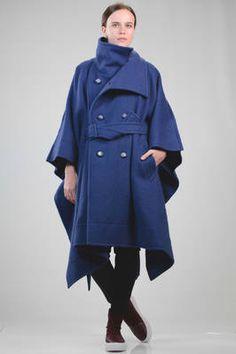 cappotto ampio a mantella in shetland pesante di lana melange - ISSEY MIYAKE