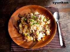 山本ゆりさん 含み笑いのカフェごはん『syunkon』牛肉のガーリックペッパーライス