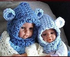 Keep warm and cozy in this cute LITTLE BEAR HOODIE HAT, which pulls on over the head. Make it with the ears or without! Very cute and charming!