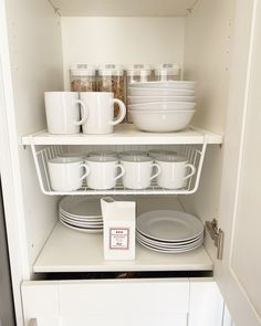 Affordable ways to orgnaise your kitchen when you're on a budget! #organise #pantrystrorage #kitchenstorage