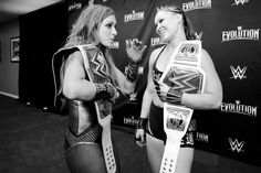 SD Woman Champion Becky Lynch vs Raw Woman Champion Ronda Rousey at Survivor Series Becky Lynch, Ronda Rousey Wwe, Wwe Survivor Series, Becky Wwe, Rowdy Ronda, Rebecca Quin, Wwe Female Wrestlers, Wwe Girls, Women's Wrestling